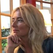 Angela Bajorek